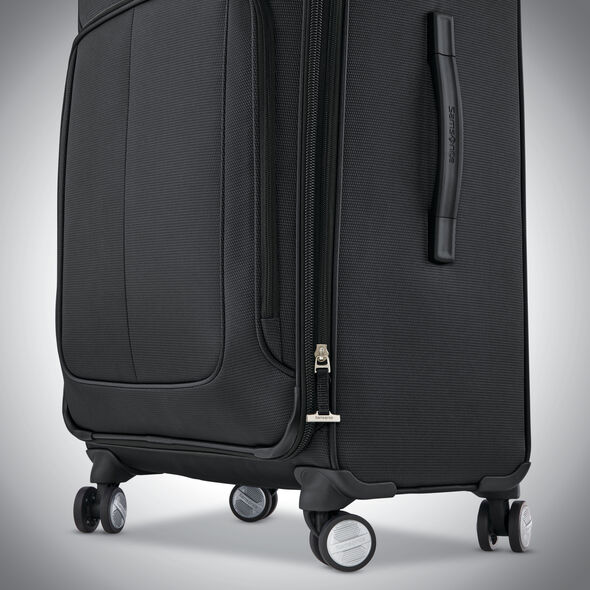 """Samsonite SoLyte DLX 29"""" Expandable Spinner in the color Midnight Black."""