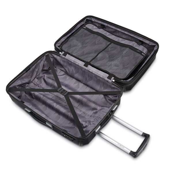 "Samsonite Winfield 3 DLX 20"" Spinner in the color Black."