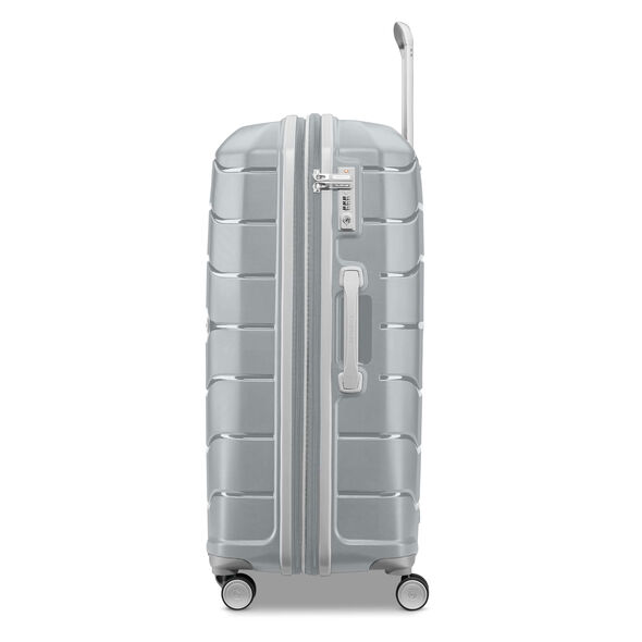 "Samsonite Freeform 28"" Spinner in the color Silver."
