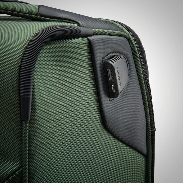 "Samsonite Armage 21"" Expandable Spinner in the color Forest Green."