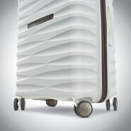"Samsonite Voltage DLX 25"" Spinner in the color White."