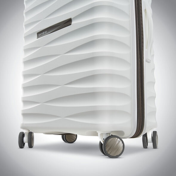 "Samsonite Voltage DLX 29"" Spinner in the color White."