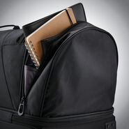 "Samsonite Andante 2 32"" Wheeled Duffel in the color Black."
