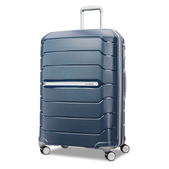 "Samsonite Freeform 28"" Spinner in the color Navy."