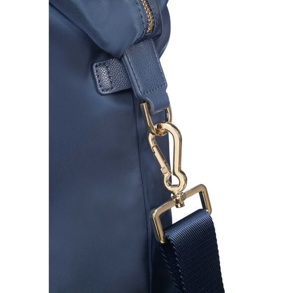 Samsonite Karissa Biz Duffle in the color Dark Navy.
