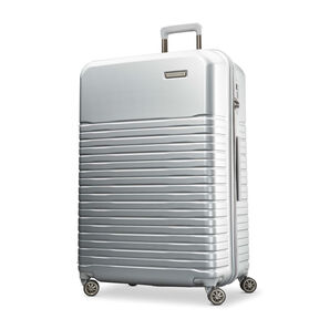 "Samsonite Spettro 29"" Spinner in the color Silver."