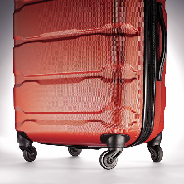 Samsonite Omni PC Spinner Set in the color Burnt Orange.