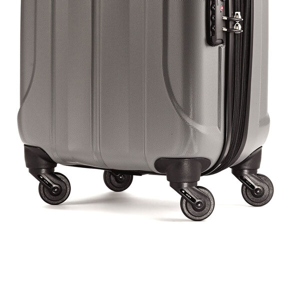 """Samsonite Fiero 20"""" Spinner in the color Charcoal."""