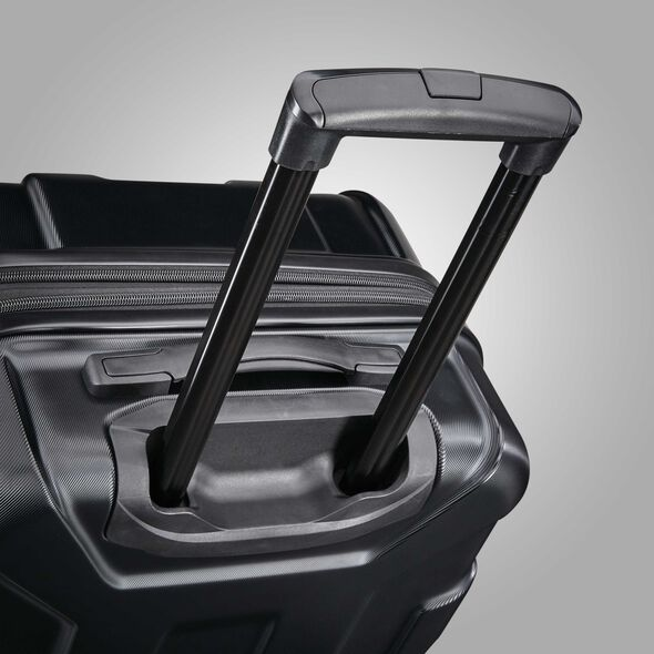 "Samsonite Centric 28"" Spinner in the color Black."