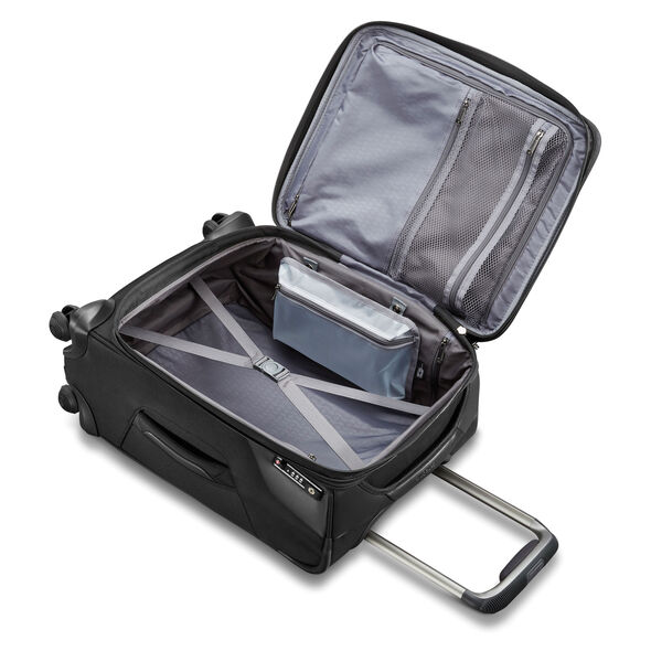 "Samsonite Armage 21"" Expandable Spinner in the color Black."
