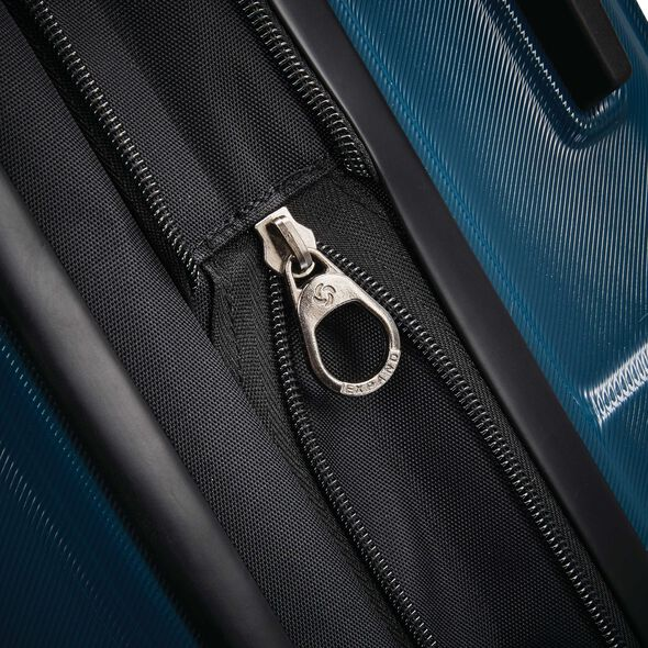"Samsonite Centric 20"" Spinner in the color Teal."