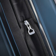 "Samsonite Pivot 29"" Spinner in the color Lagoon."