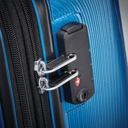 "Samsonite Winfield 3 DLX 28"" Spinner in the color Blue/Navy."