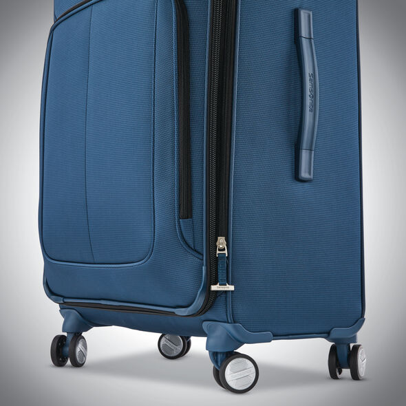 "Samsonite SoLyte DLX 29"" Expandable Spinner in the color Mediterranean Blue."