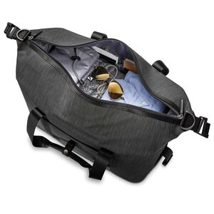 Samsonite SXK Amped Duffel in the color Black/Silver.