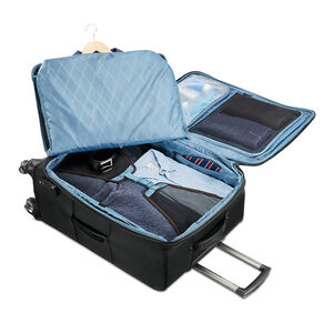 """Samsonite Pro 29"""" Expandable Spinner in the color Black."""